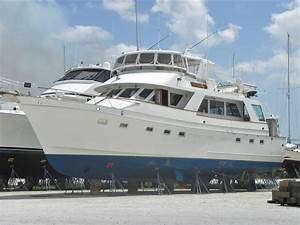 1983 Ocean Alexander Cockpit Motor Yacht Power Boat For