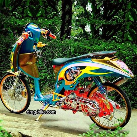 Vario 110 Thailook Style by Modifikasi Motor Terbaru