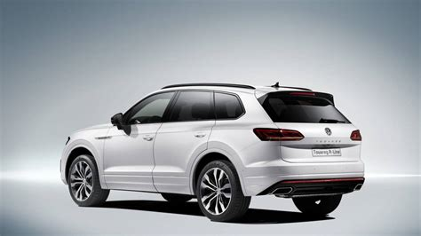 volkswagen touareg pictures price performance