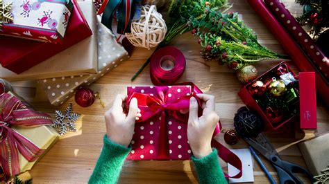Lastminute Gift Ideas That Will Arrive By Christmas. Table Leaf Ideas. Bulletin Board Ideas On Moral Values. Backyard Pool Idea Diy. Kitchen Color Ideas With Antique White Cabinets. Wood Ideas Blaydon. Outfit Ideas Gta V. Halloween Ideas Group Of 6. Kitchen Storage Ideas Youtube