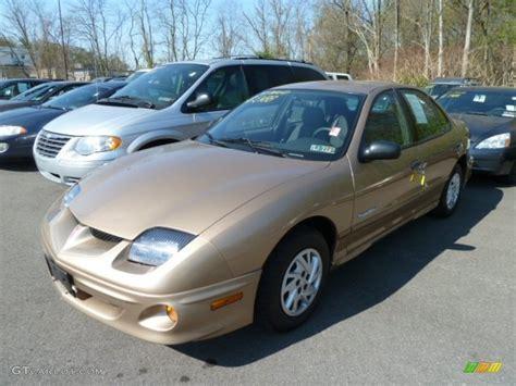 2000 Pontiac Sunfire by 2000 Topaz Gold Metallic Pontiac Sunfire Se Sedan