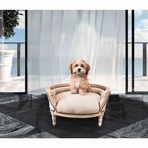 Canapé Lit Velours : canap lit baroque pour chien ou chat velours beige bois patin beige ~ Teatrodelosmanantiales.com Idées de Décoration