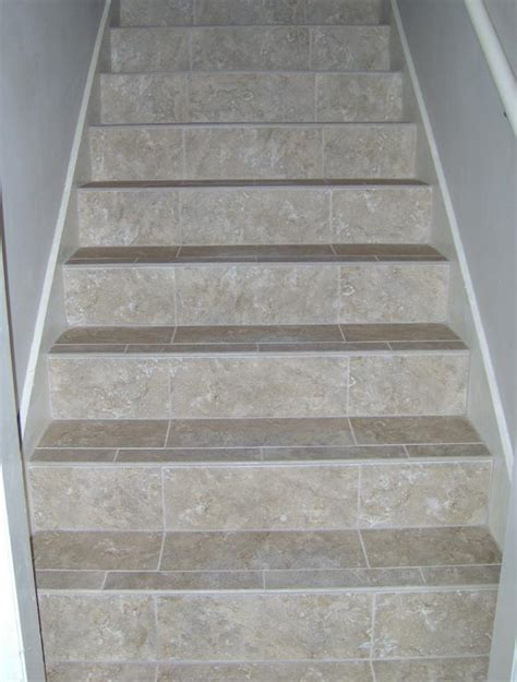 images  stairs tile  pinterest