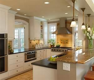 Amenager une petite cuisine 40 idees pour le design for Petite cuisine équipée avec meuble de salle a manger blanc