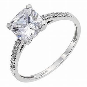 9ct White Gold Cubic Zirconia Ring | H.Samuel