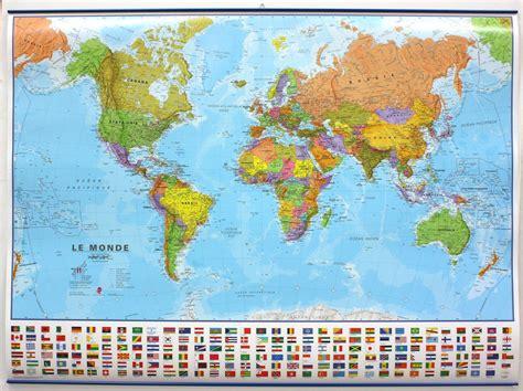 carte murale plastifi 233 e grand format monde politique avec drapeaux 136 x 100 cm maps