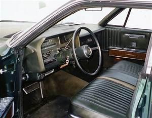 1967 Lincoln Continental 4 Door Sedan