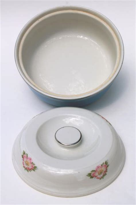 parade casserole dish with vintage parade covered mixing bowl casserole dish