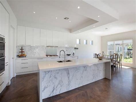 cocinas de marmol m 225 rmol para el dise 241 o de cocinas modernas deslumbrantes