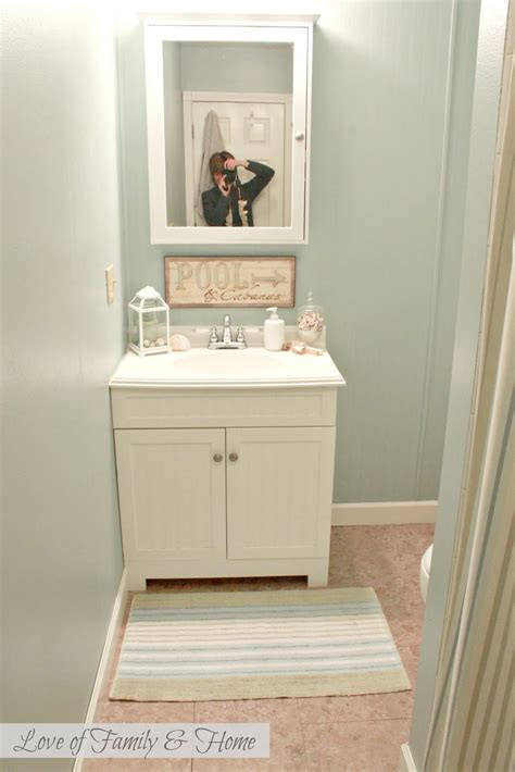 best color to paint a small bathroom best paint colors