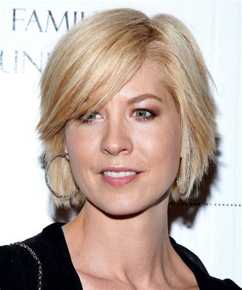 Photos Of Short Hairstyles For Straight Thin Hair For