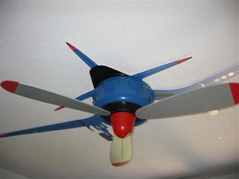 Real Airplane Propeller Ceiling Fan by 10 Cool Custom Ceiling Fans Smosh