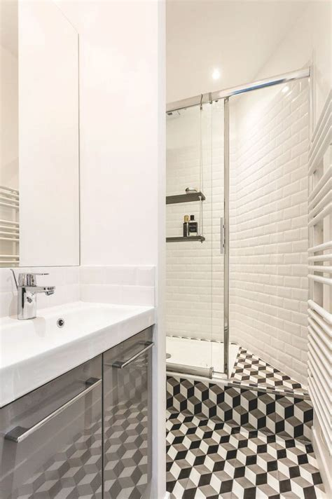 r 233 novation d une salle de bains de 2 5 m2 c 244 t 233 maison