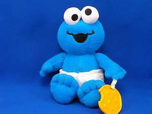 Fisher Price Mattel Cookie Monster Baby Diaper Teething Cookie