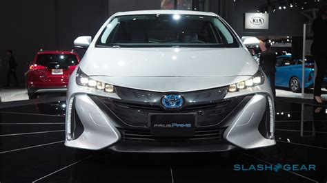 In Race To Out Tech Tesla Toyotas Prius Prime Misses The