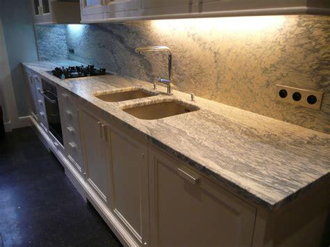 meuble de cuisine avec plan de travail plan de travail cuisine en marbre cuisine moderne avec