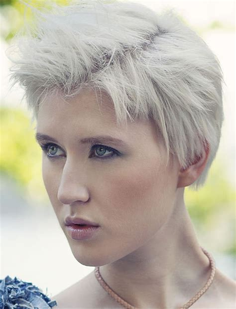 pixie haircuts  women   pixie hair ideas tutorials   page  hairstyles