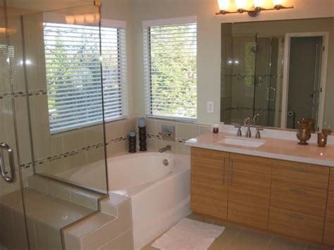 master bathrooms designs get an excellent and a luxurious bathroom outlook by