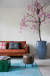 56 idees comment decorer son appartement With tapis couloir avec canape design en cuir