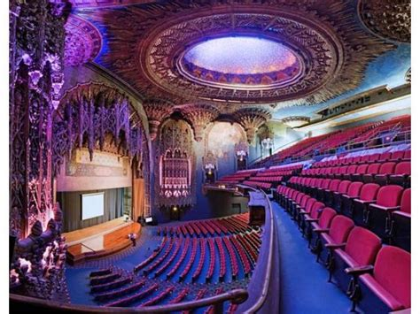 la  palaces ready   close  architecture united artists theater