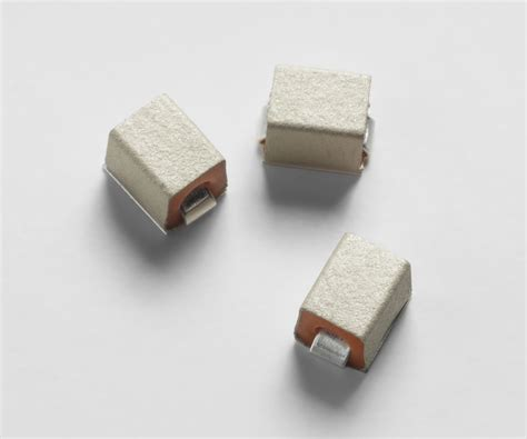Gore® Smt Emi Gaskets And Grounding Pads, Supersoft Series