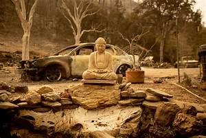 Statue Bouddha Maison Du Monde : californie de gigantesques incendies poursuivent leur ~ Teatrodelosmanantiales.com Idées de Décoration