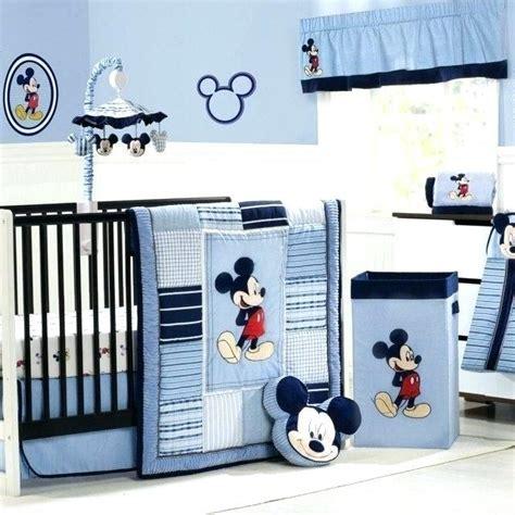 deco chambre bebe bleu gris decoration chambre de bebe garcon belles pour la