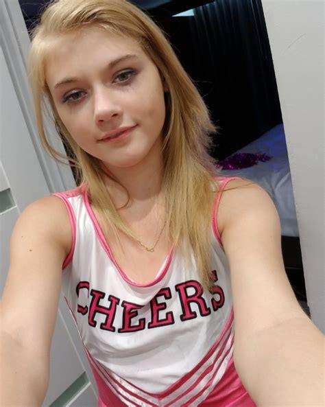 Showing Porn Images For Ftv Girls Hannah Hays Porn
