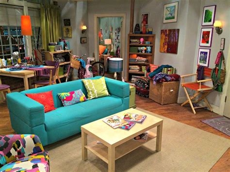 pennys apartment   big bang theory