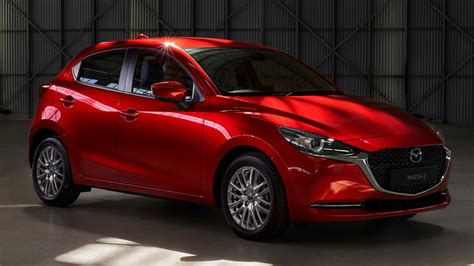 Learn more about price, engine type, mpg, and complete safety and warranty information. 2020 Mazda2 revealed for Japan | PerformanceDrive