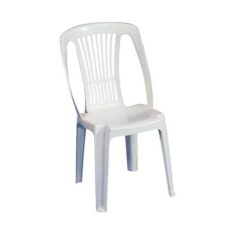 chaise longue pvc blanc peindre chaise plastique meilleures images d 39 inspiration
