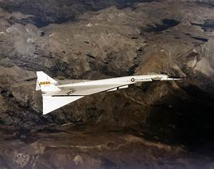 North American NASA / USAF XB-70 Valkyrie - Strategic ...