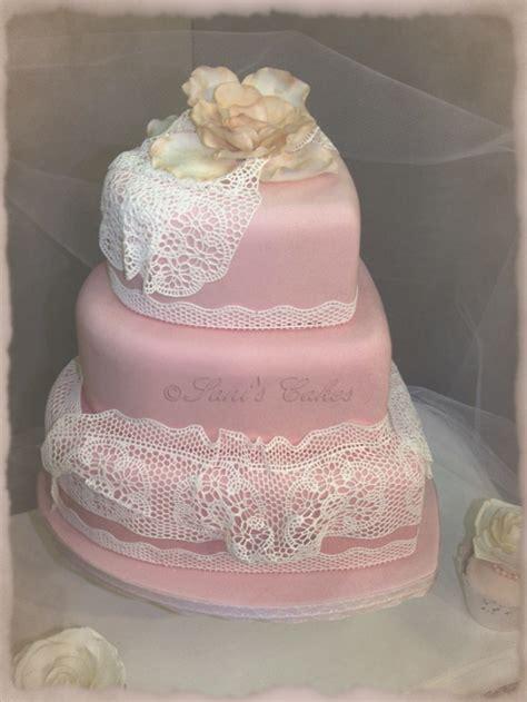gateau de mariage en coeur et dentelles en sucre cuisine winy69 photos club doctissimo