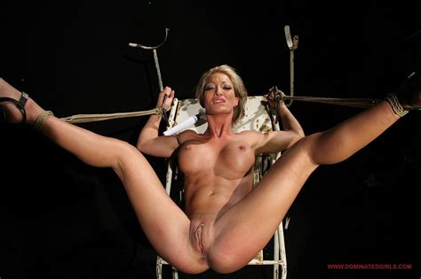 Hot Sex Slave Pearl Diamond Getting Bondaged Punished And