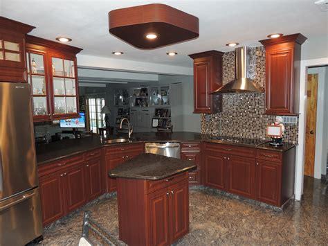 kitchen refacing island new look kitchen cabinet refacing 187 infante kitchen 5557