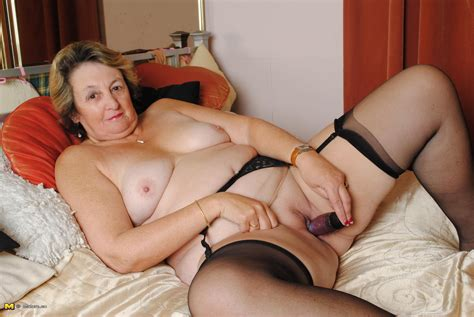 59947 In Gallery Granny Solo Picture 12 Uploaded By