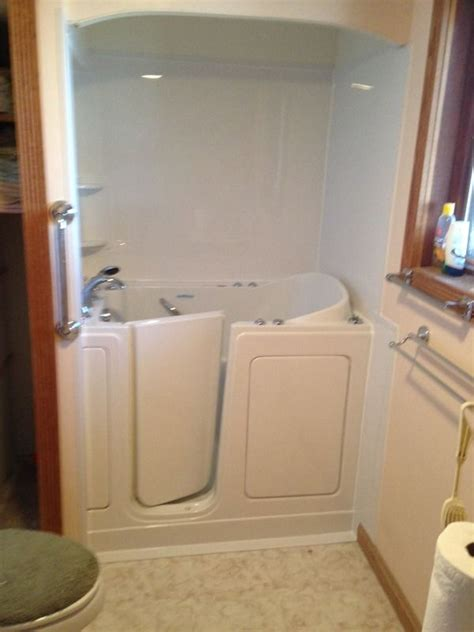 step safe tub 1000 images about home smart safety tubs on