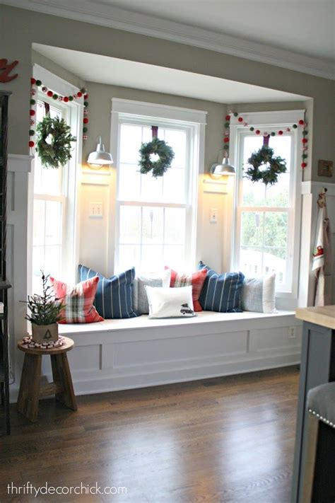 Decorating Ideas For Kitchen Windows by 25 Best Ideas About Bay Window Decor On Bay