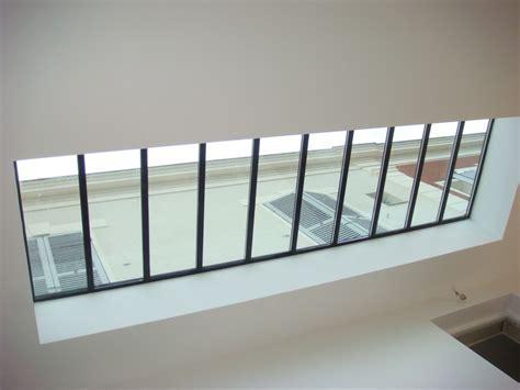 Verrière de toiture en acier pour un puits de lumière