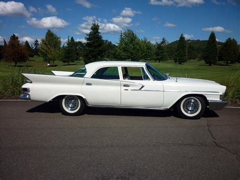 1961 CHRYSLER NEWPORT 4 DOOR SEDAN - 162012