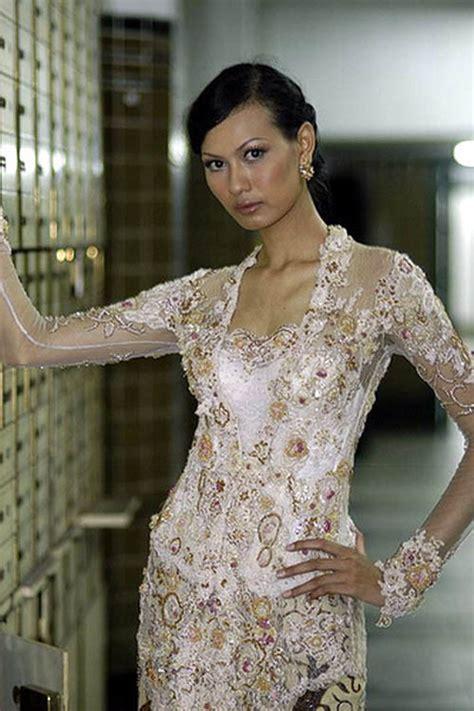 modern kebaya wedding fashion designer anne avantie