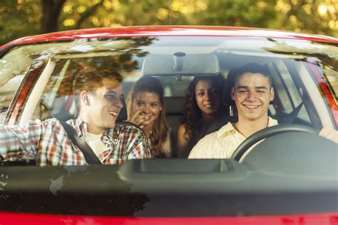 distracted driving tips  teens    passenger