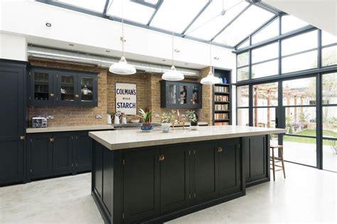 cuisine style industrielle verrière extérieure atelier pour conférer à la maison un