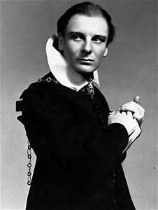 John Gielgud, a prince among actors   The Australian