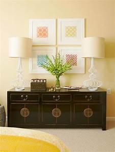 Ambientes com quadros na parede decora??o e ideias