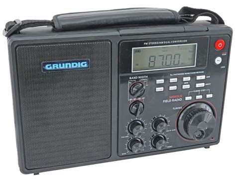 Grundig S450dlx Digital Lcd Portable Deluxe Am/fm Stereo