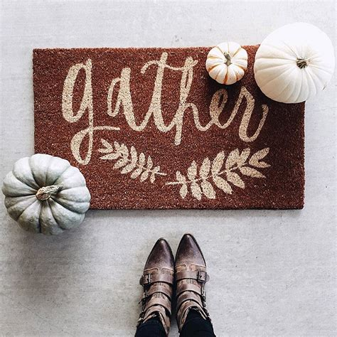Autumn Doormat by 67 And Inviting Fall Front Door D 233 Cor Ideas Digsdigs