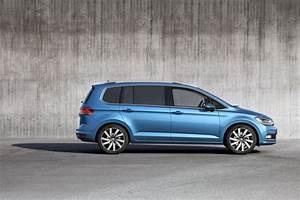 Monospace Volkswagen : volkswagen touran 2015 les photos du nouveau monospace volkswagen photo 5 l 39 argus ~ Gottalentnigeria.com Avis de Voitures