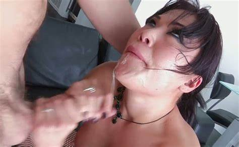 Adorable Japanese London Keyes Is Drilled Hard