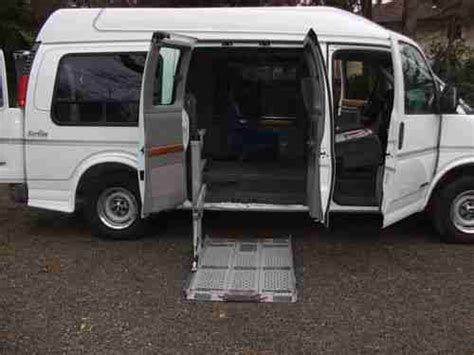 books on how cars work 1998 chevrolet express 3500 seat position control buy used 1998 chevrolet express 1500 passenger van with wheelchair mobility r in bay shore